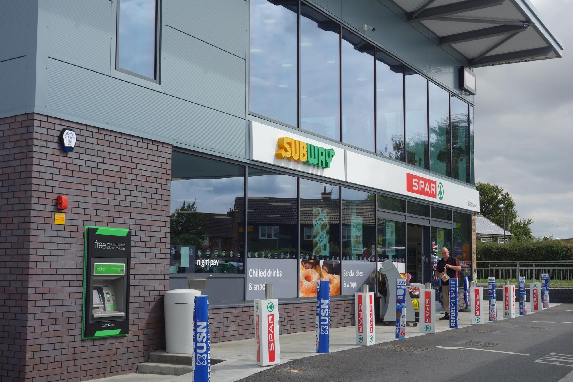 Jet Spar Selby North Yorkshire Features Convenience Store