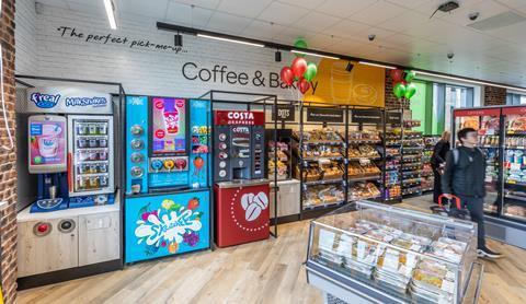 Cj Lang Opens Urban Transient Spar Store In Glasgow News